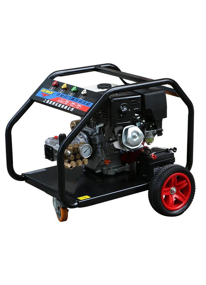 汽油动力高压清洗机RF18M36-15匹